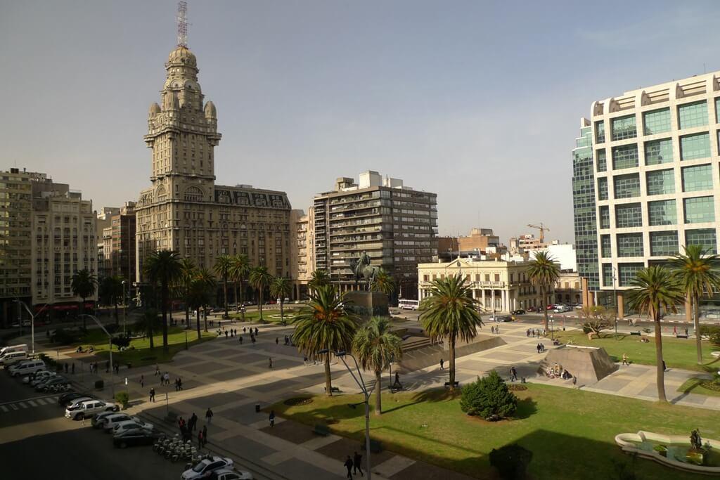 Montevideo, Uruguay - Sueños Viajeros