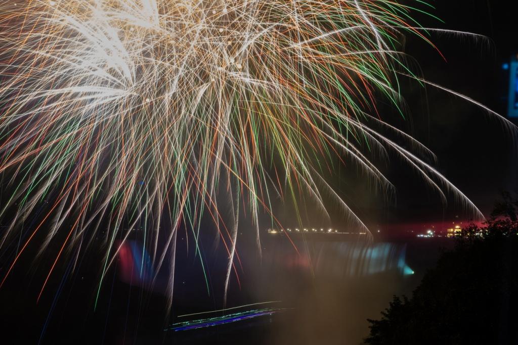 Cataratas del Niágara en Año Nuevo