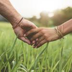7 rituales alrededor del mundo para encontrar o mantener al amor de tu vida