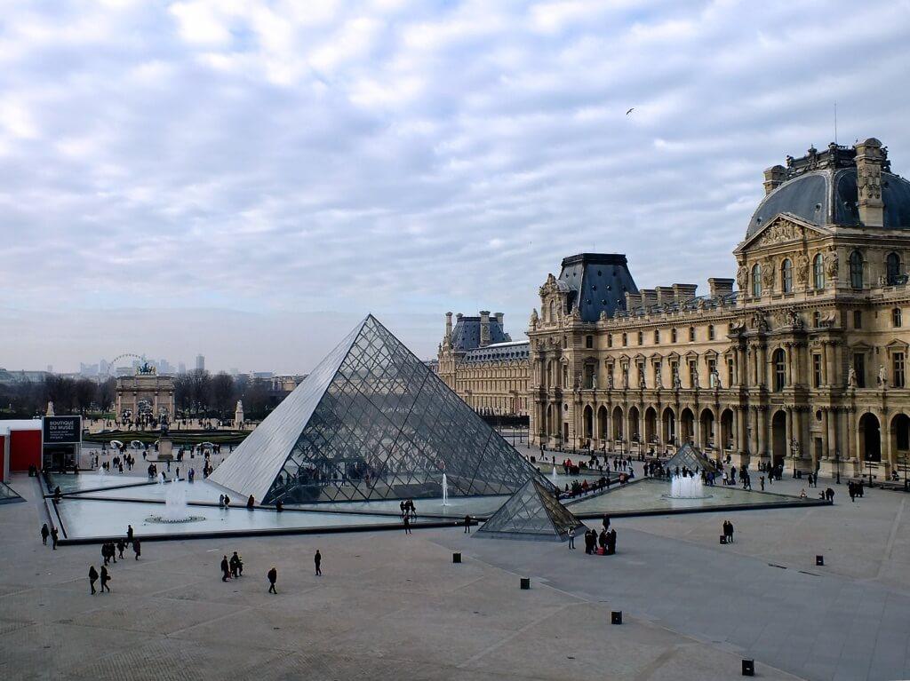 Museo Louvre - Sueños viajeros