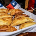 11 platos típicos que debes probar si visitas Chile