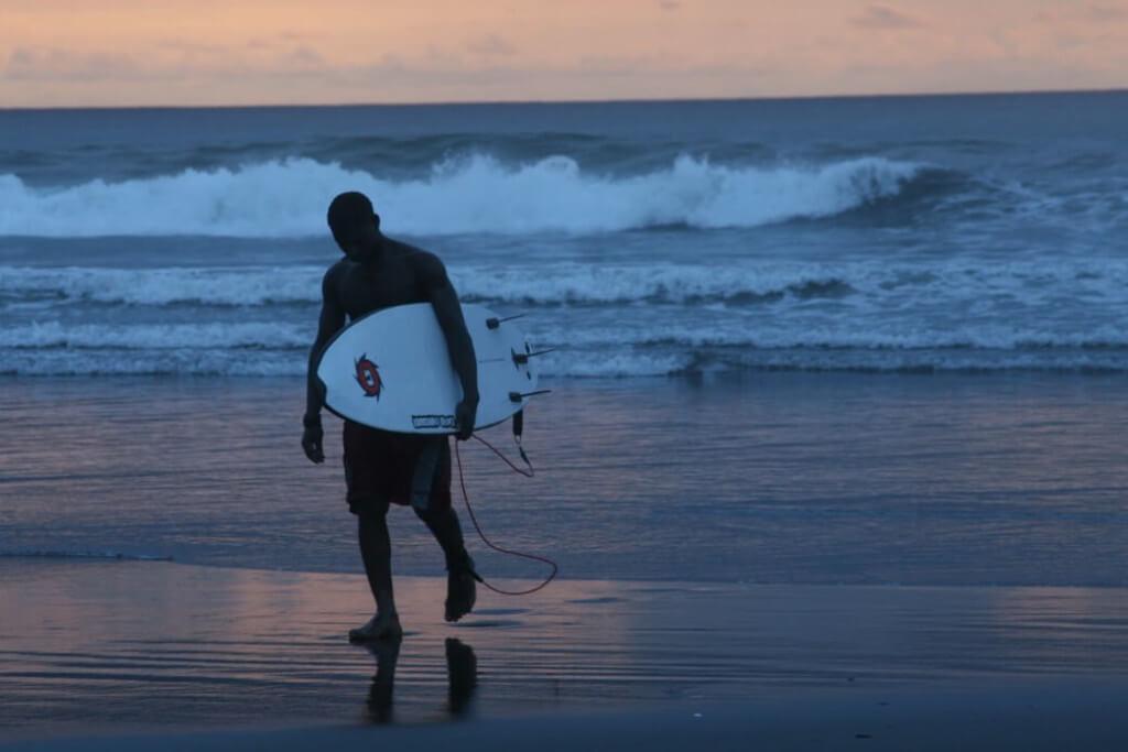 Surf en Chocó - Sueños Viajeros