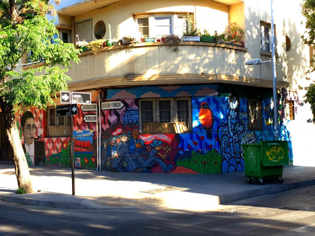 Arte urbano en Santiago, Chile - Sueños Viajeros