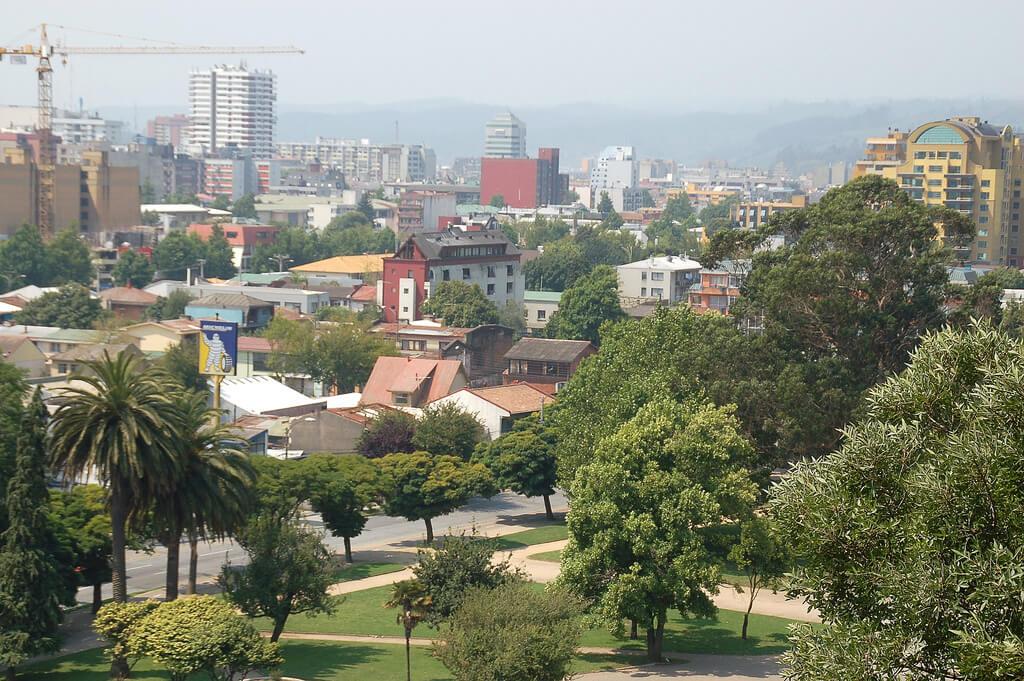 Vista de Concepción desde el parque Ecuador en el Cerro Caracol.