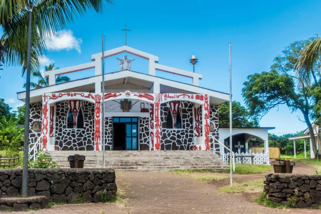 Iglesia  Parroquia de la Santa Cruz, Isla de Pascua - Sueños Viajeros